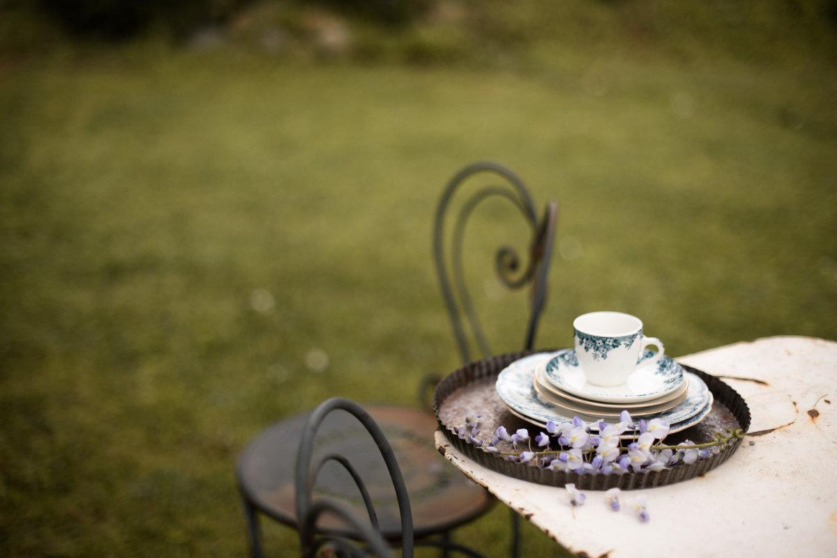 Colazione in giardino   Le Molina B&B